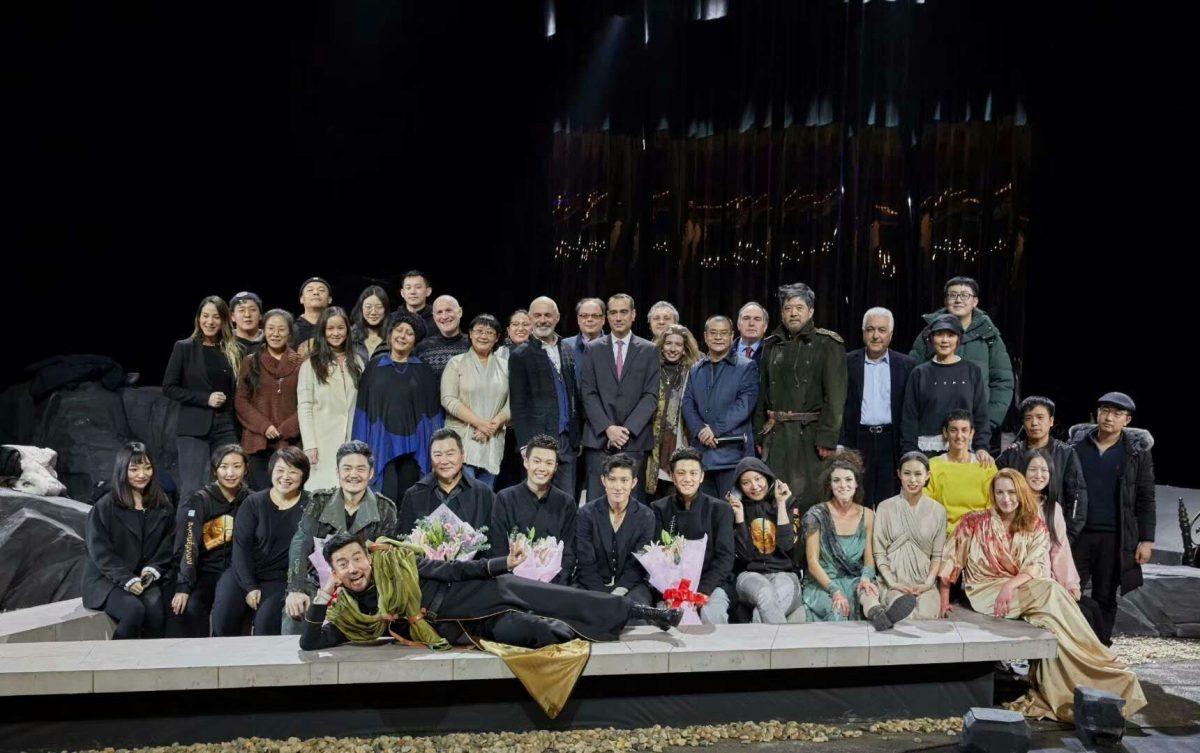 Το Εθνικό Θέατρο ενθουσίασε με τον «Αγαμέμνονα» του Αισχύλου στο Πεκίνο εντυπωσιάζοντας κοινό και κριτικούς